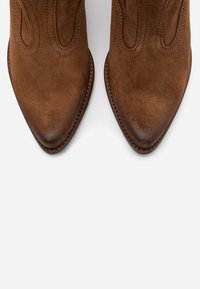 Felmini - LAREDO - Cowboy/biker ankle boot - marvin brown - 5