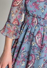Liu Jo Jeans - ABITO CORTO MANHATTA - Day dress - special fleurs - 4
