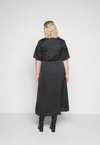 New Look Curves - MARK MAKING - Denní šaty - black - 2