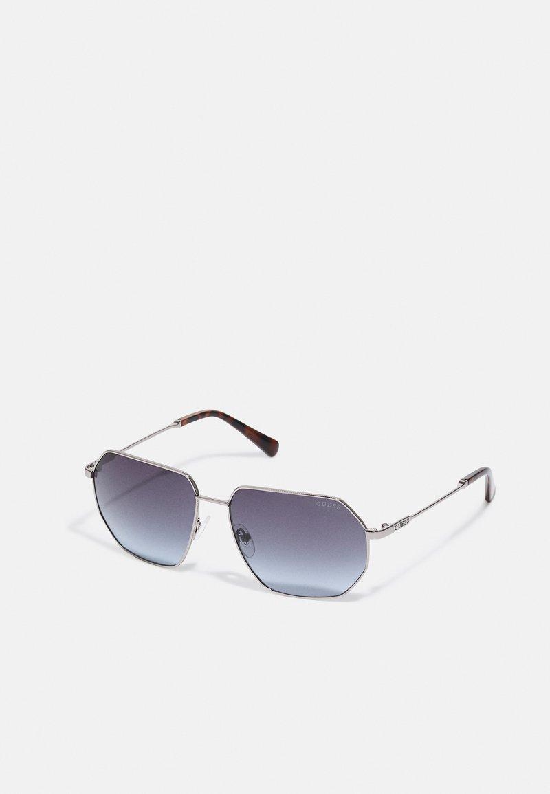 Guess - UNISEX - Sunglasses - shiny gunmetal/gradient smoke