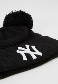 New Era - KIDS DOUBLE BOBBLE NEW YORK YANKEES - Lue - black/white - 2