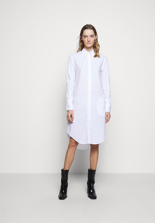 MATICA - Robe chemise - pure white