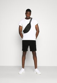 Weekday - RELAXED  - Basic T-shirt - white - 1