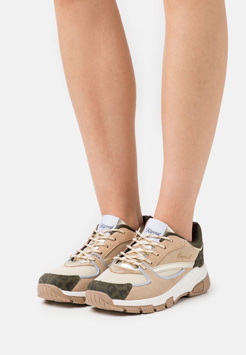 Kaporal - DEEJAY - Sneakersy niskie - beige/multicolor