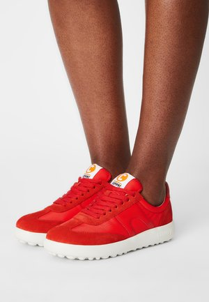 PELOTAS  - Trainers - red