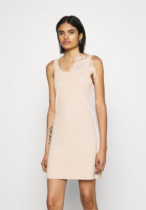RACER DRESS - Jersey dress - halo blush