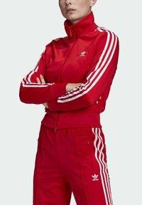 adidas Originals - FIREBIRD TTPB - Træningsjakker - scarlet - 3