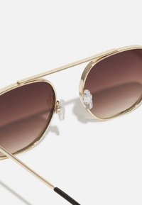 Pier One - WITH CHAIN SET UNISEX - Sunglasses - brown - 3