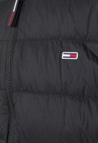 Tommy Jeans - LIGHT JACKET - Down jacket - black - 6