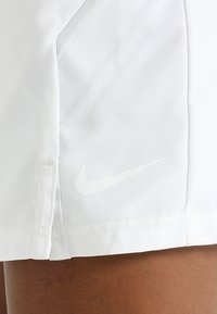 Nike Performance - DRY SHORT - Short de sport - white - 5