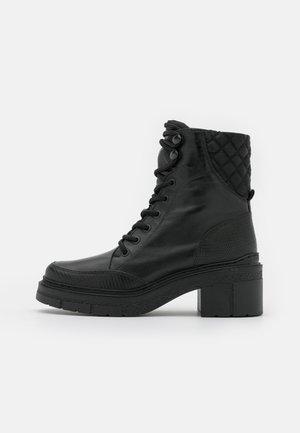 JENIL - Platform-nilkkurit - black