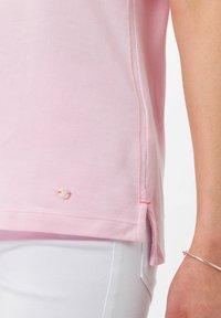 BRAX - STYLE CLEO - Polo shirt - rose - 4