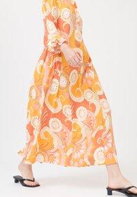 Dea Kudibal - ROSANNA  - Day dress - khanga orange - 2