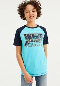 WE Fashion - T-shirt con stampa - blue - 1