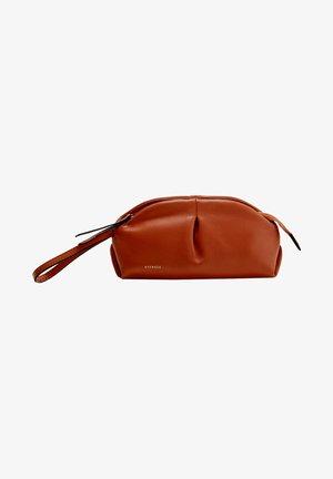 MIT RAFFUNGEN - Pencil case - orange