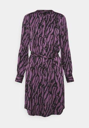 TREE DRESS - Skjortekjole - purple