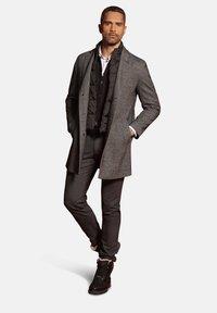 Bugatti - Classic coat - schwarz - 1