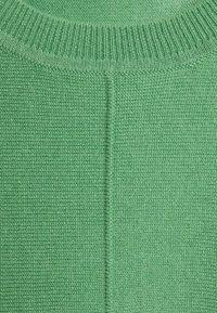 FTC Cashmere - Stickad tröja - asparagus - 2
