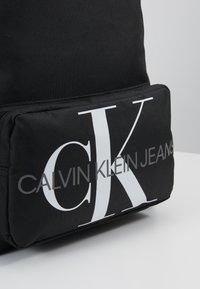 Calvin Klein Jeans - MONOGRAM CAMPUS BACKPACK  - Rugzak - black - 2