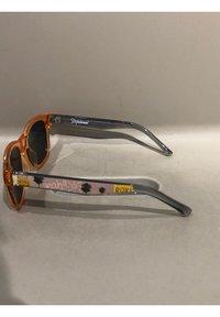 Roxy - ROXY™ MALANAI - SONNENBRILLE FÜR MÄDCHEN 8-16 ERGEY03007 - Sunglasses - shiny crystal coral/grey - 3