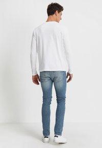 GANT - SHIELD - Long sleeved top - white - 2