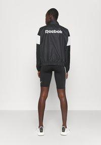 Reebok - LINEAR LOGO JACKET - Training jacket - black - 2