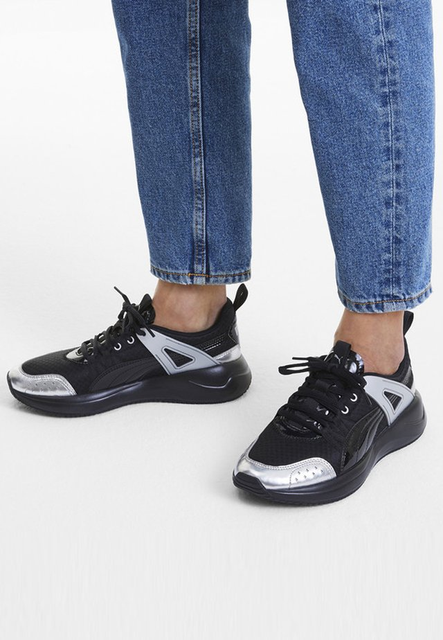 NUAGE RUN CAGE METALLIC - Stabiliteit hardloopschoenen - black-silver