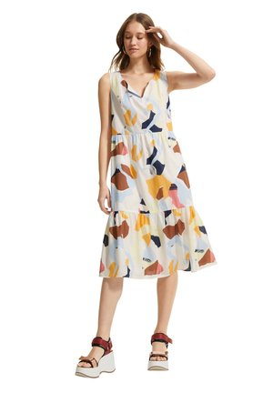 Day dress - blush abstract geo