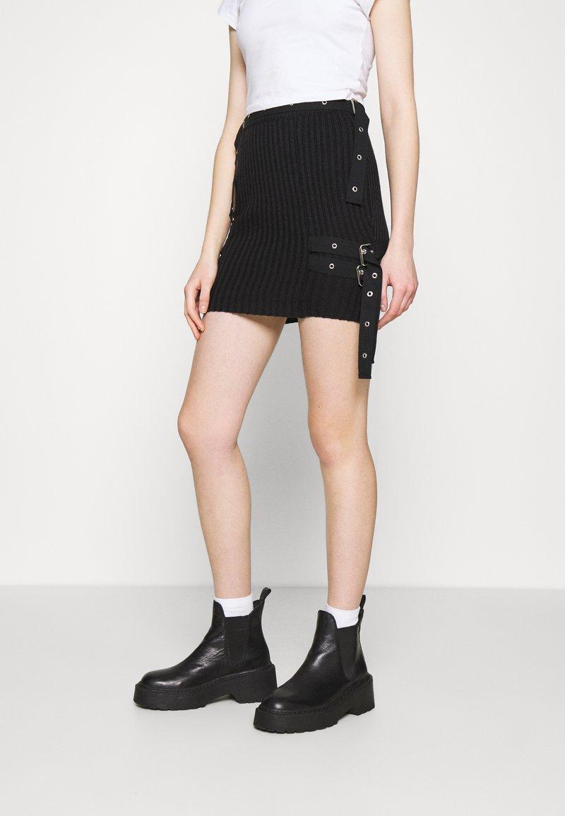 The Ragged Priest - SKIRT BUCKLE STRAP DETAIL - Mini skirt - black