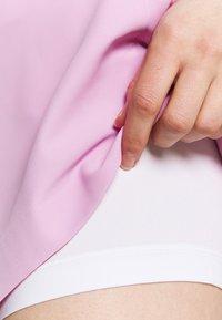 Kjus - WOMEN IRIS SKORT - Sports skirt - rose pink - 3