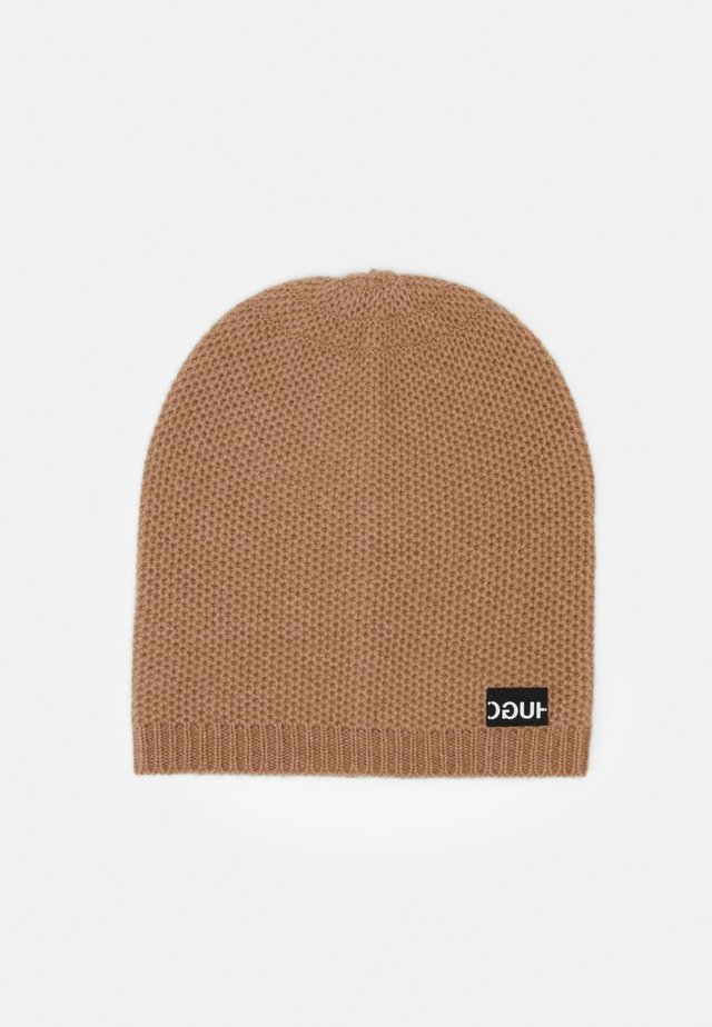 WOMEN BEANIE - Pipo - light pastel brown