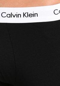 Calvin Klein Underwear - LOW RISE TRUNK 3 PACK - Culotte - black - 4