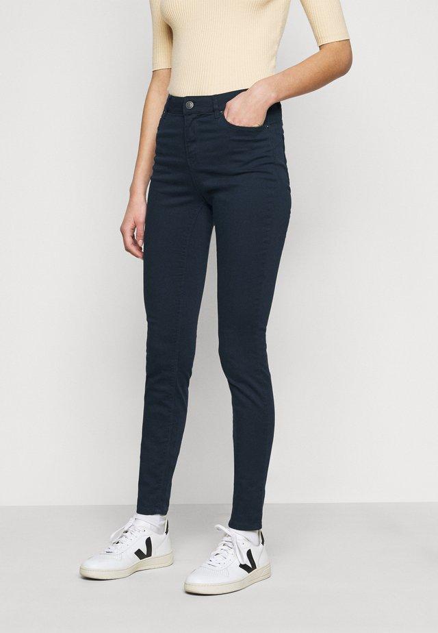 VMHOT SEVEN PANT - Trousers - navy blazer