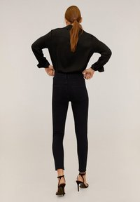 Mango - ISA - Jeans Skinny Fit - black denim - 2