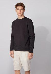 BOSS - WALKUP - Sweatshirt - black - 0