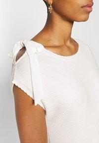 NAF NAF - MARCEAU - Print T-shirt - ecru - 5