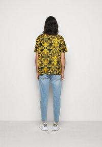 Versace Jeans Couture - LOGO BAROQUE - Shirt - black - 2