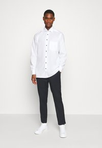 OLYMP Luxor - Formal shirt - weiß