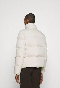 Marc O'Polo - PUFFER JACKET SHORT STAND UP COLLAR ZIPP - Down jacket - birch white - 2