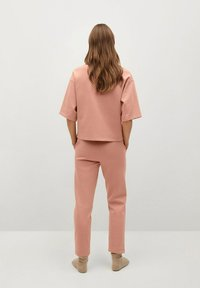 Mango - Tracksuit bottoms - rose pastel - 2