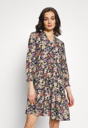 YASWINNY DRESS - Shirt dress - burnished lilac