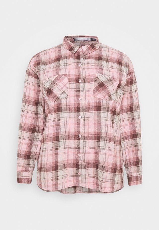 OVERSIZED CHECK  - Skjortebluser - pink