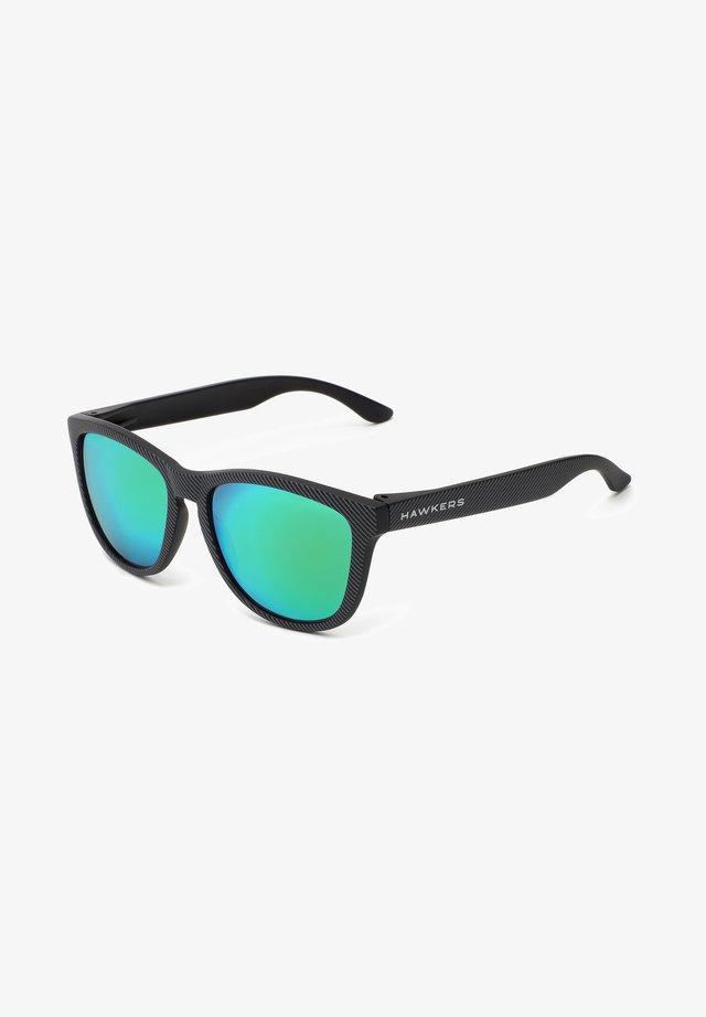 ONE - Solglasögon - black