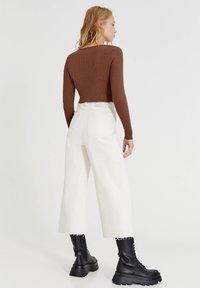 PULL&BEAR - Long sleeved top - brown - 2