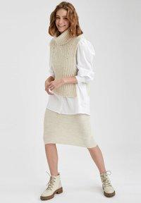 DeFacto - Pencil skirt - beige - 1