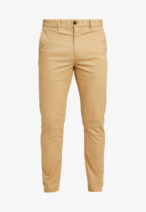 MOTT CLASSIC SLIM FIT - Chinosy - sand