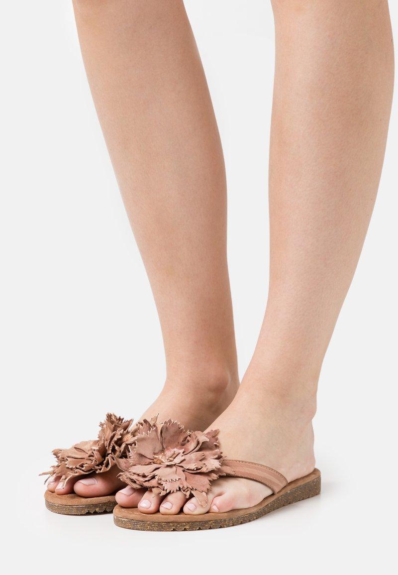 Lazamani - Flip Flops - tan