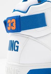 Ewing - 33 HI - High-top trainers - white/princess blue/vibrant orange - 6
