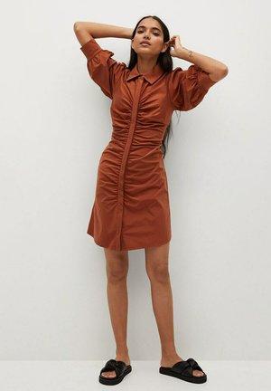 AUSTRA - Shirt dress - oranjebruin