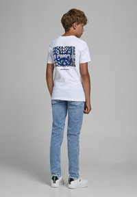 Jack & Jones Junior - Slim fit jeans - blue denim - 2